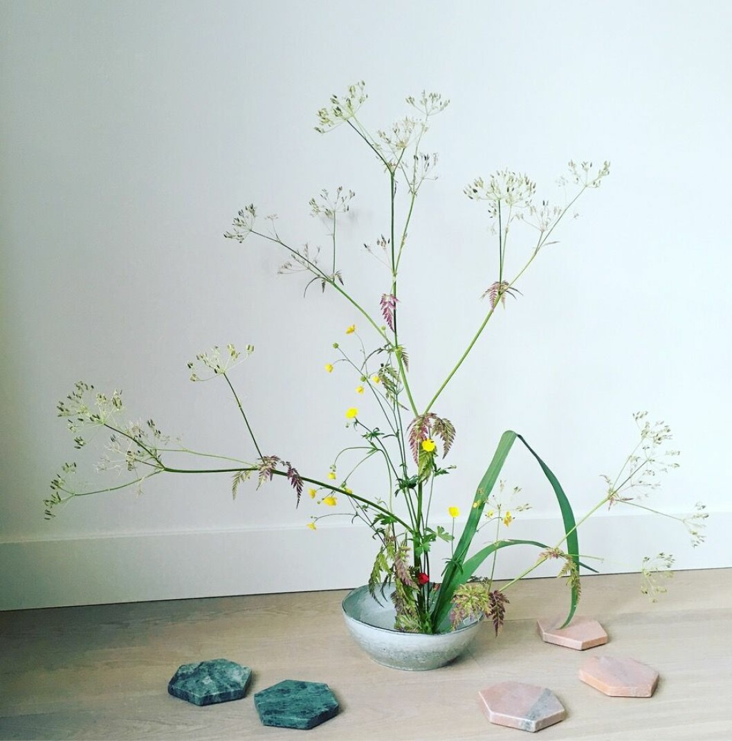 Ikebana-arrangemang av Youco Harada