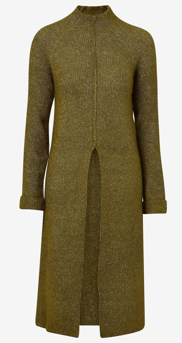ribbstickad klänning i olivgrön nyans från Veromoda