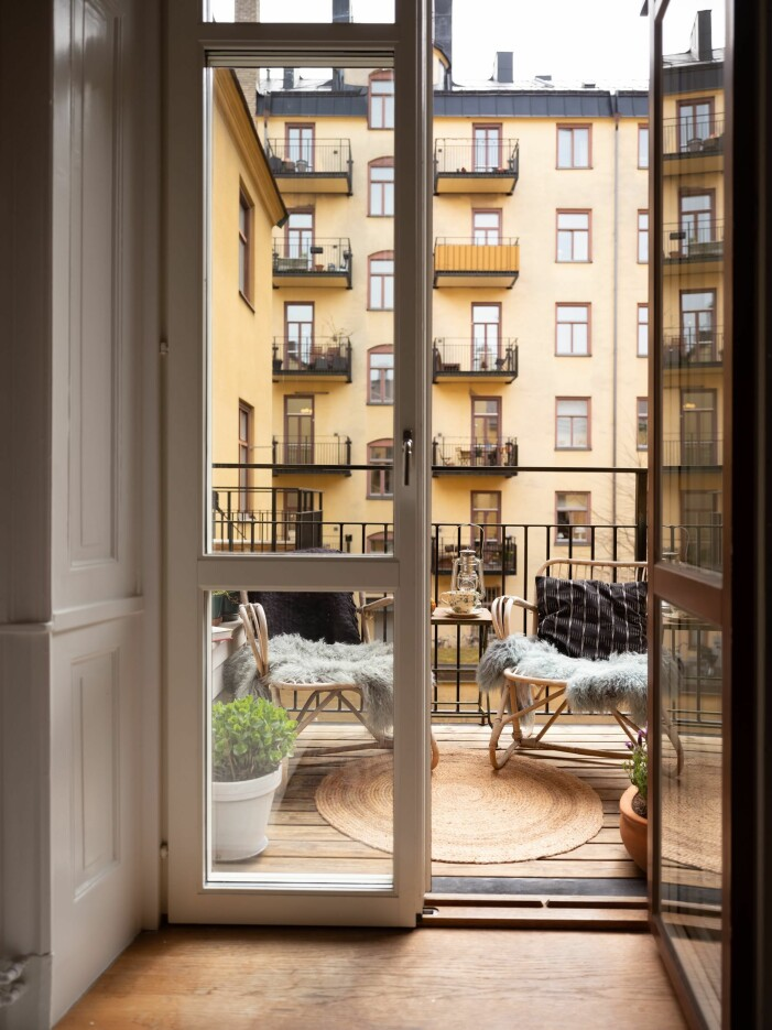 Så stylar du balkongen stilrent och tidlöst