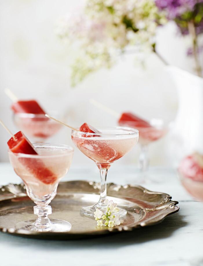 Bjud på svalkande isglassbubbel