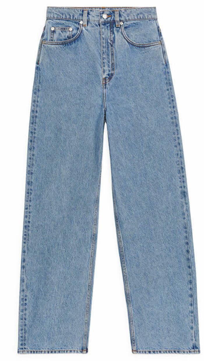 Jeans från Arket med luftig och mjuk passform