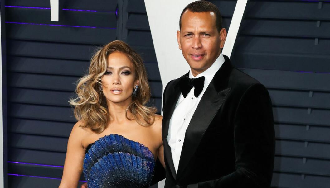 Jennifer Lopez och Alex Rodriguez på Oscarsgalan