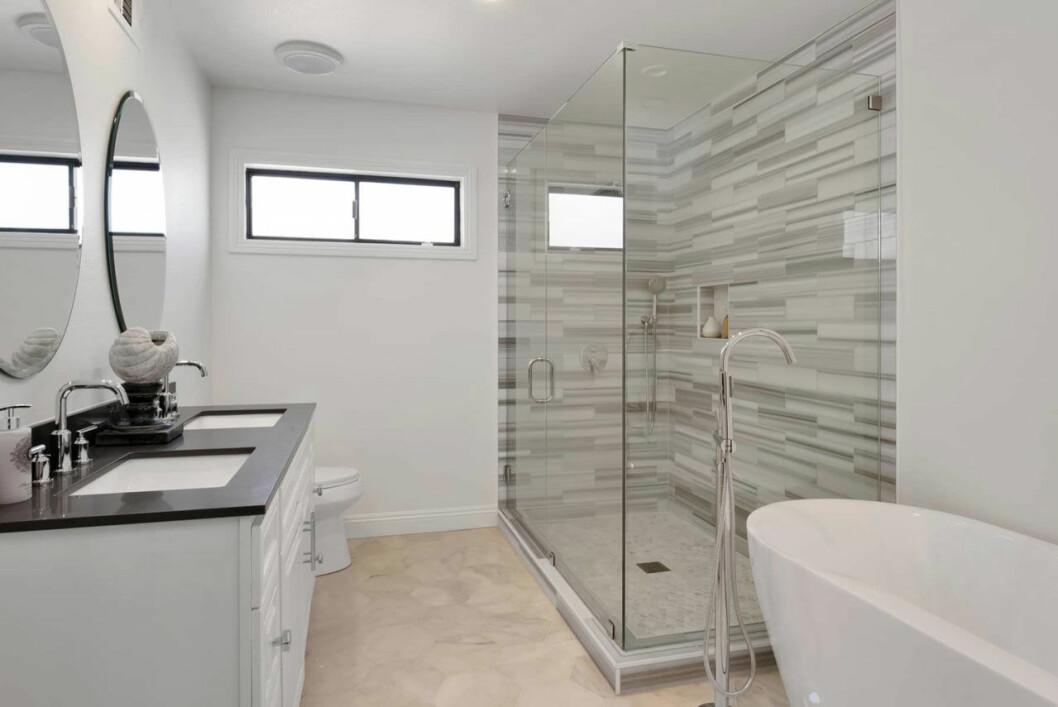 Bild på ett av Jennifer Lopez nya badrum