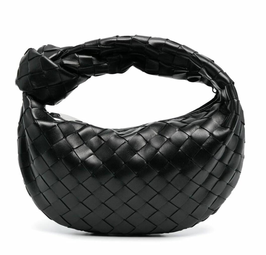 Liten väska med flätad design och dekorativ knut från Bottega veneta
