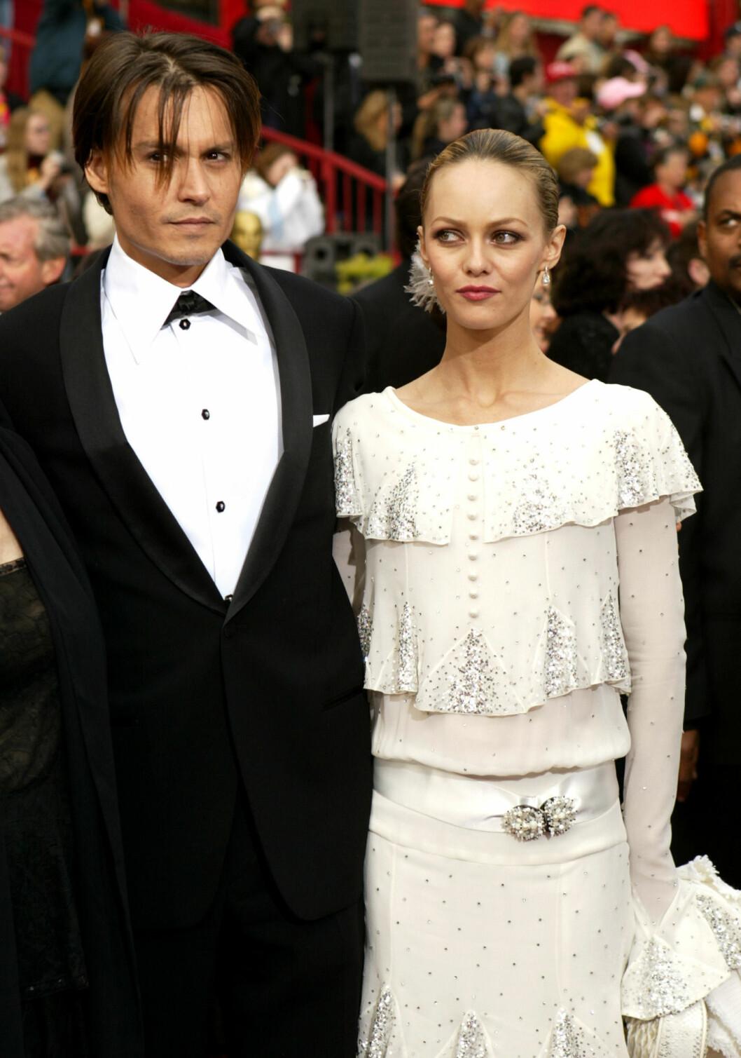 Johnny Depp och Vanessa Paradis på Oscarsgalan 2004
