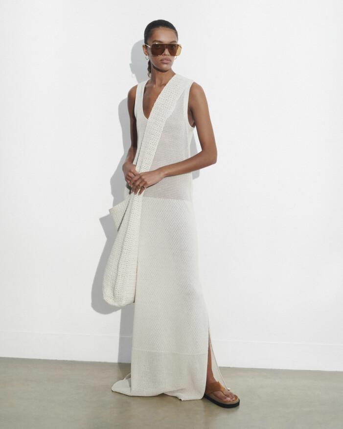 Vit klänning vårmode 2021
