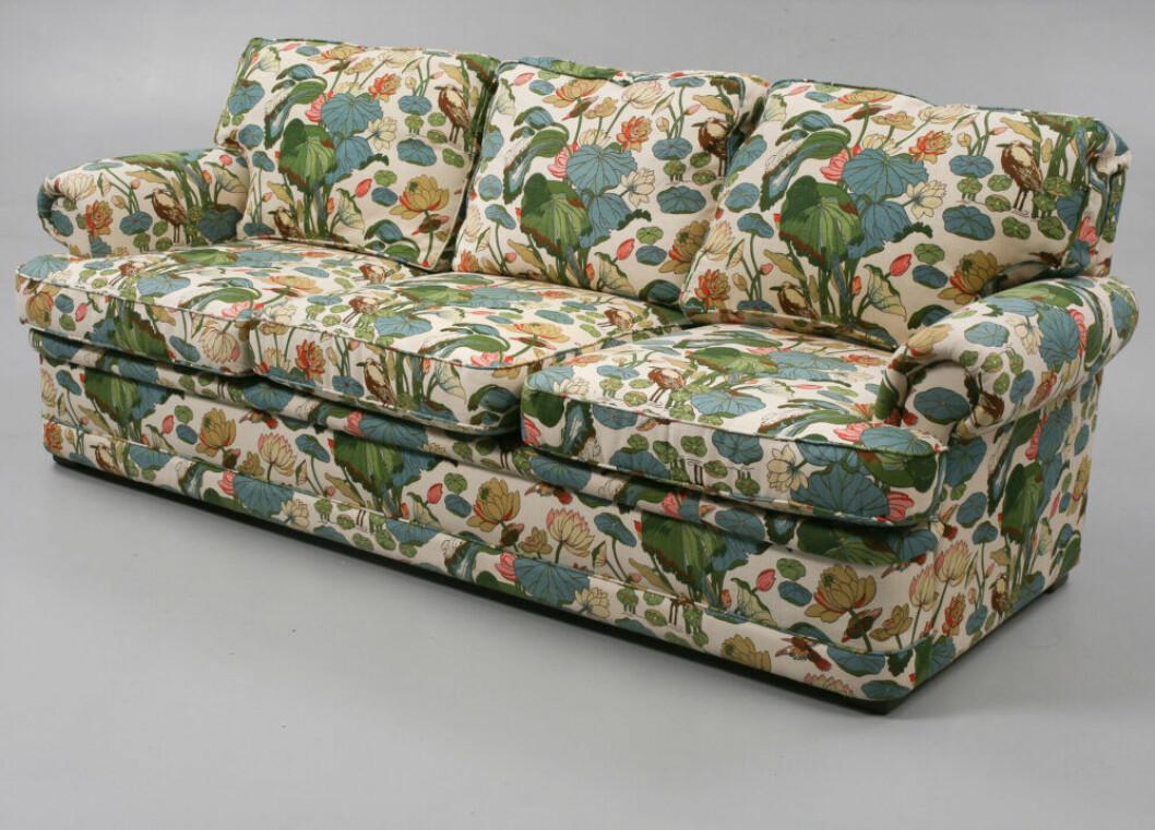 Blommig soffa från JP Baker