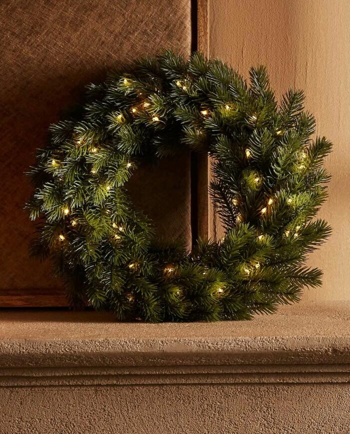 julkrans med ljus från Zara home