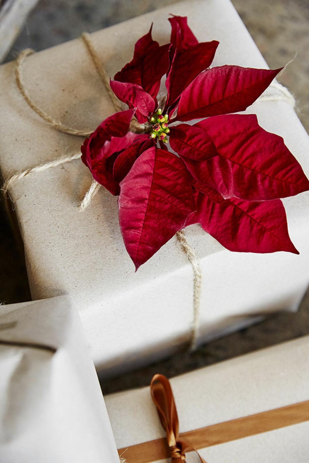 Julros - Fäst på paket