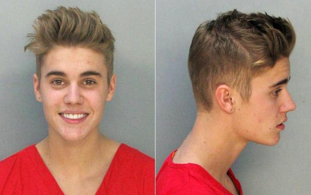 En bild på när Justin Bieber arresterades för drograttfylleri i Miami 2014.