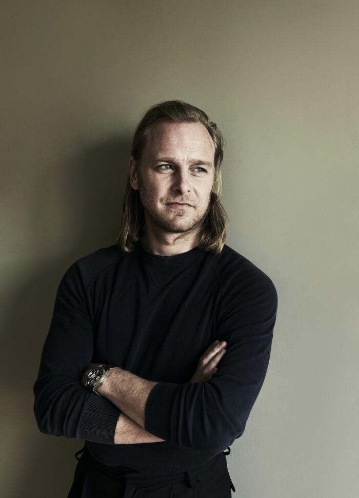 Hemma hos fotografen Kalle Gustafsson portrait