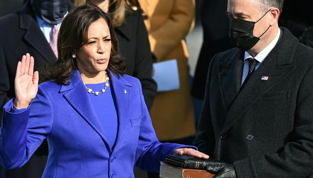 Kamala Harris insvuren som USA:s första kvinnliga vicepresident.