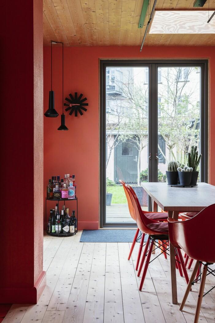 Hemma hos Karsten Lulloff Köpenhamn köket matbord utsikt