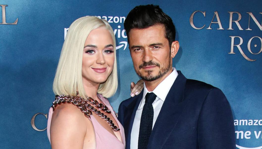 Gravida Katy Perry och Orlando Bloom på röda mattan