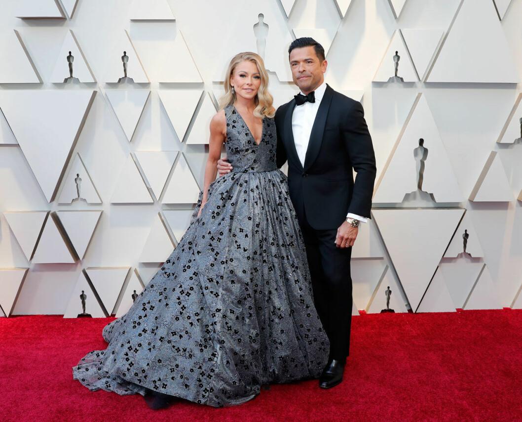 Kelly Ripa och Mark Consuelos på Oscarsgalan 2019
