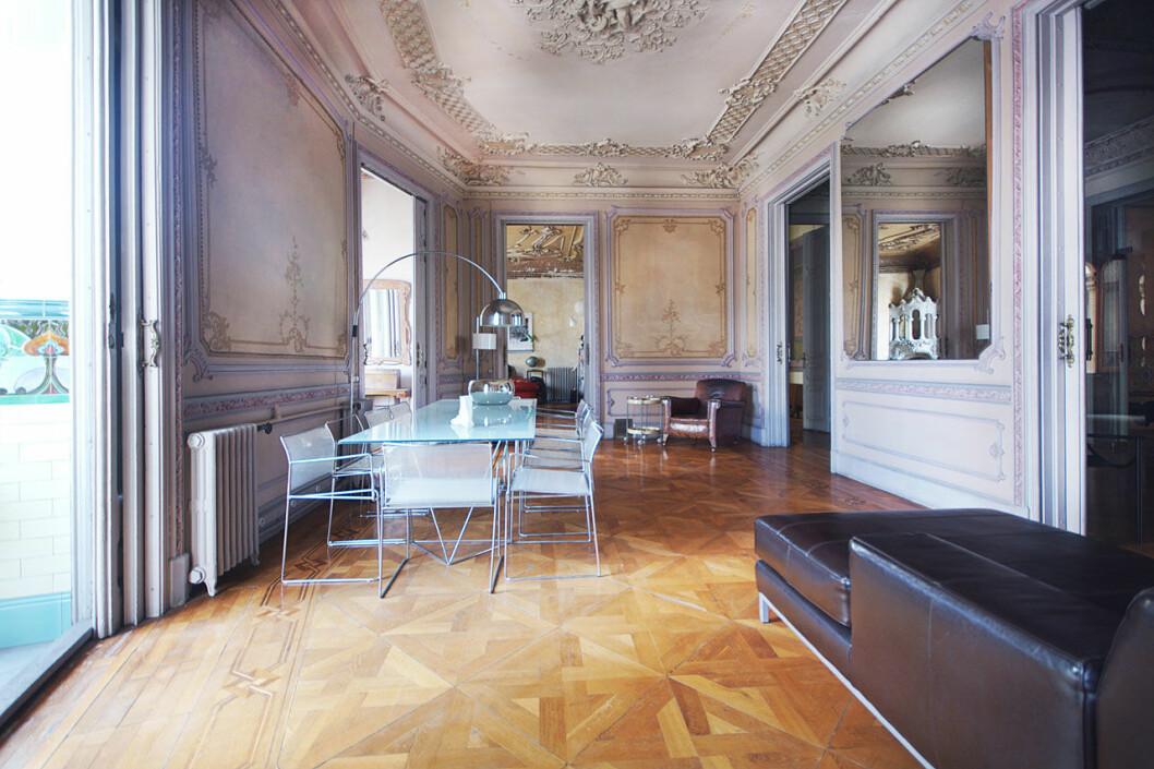 Ett av många vackra rum hos Villanelle i Killing Eve