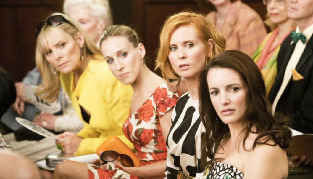 Samantha, Carrie, Miranda och Charlotte på modevisning i Sex and the City