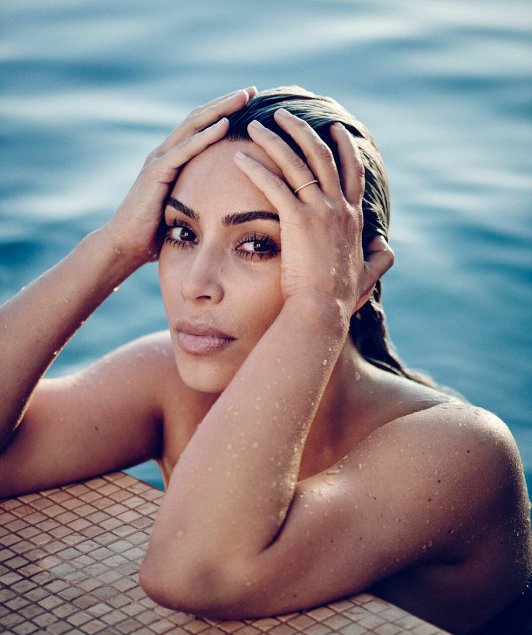 ELLE har träffat Kim Kardashian i hennes hem.