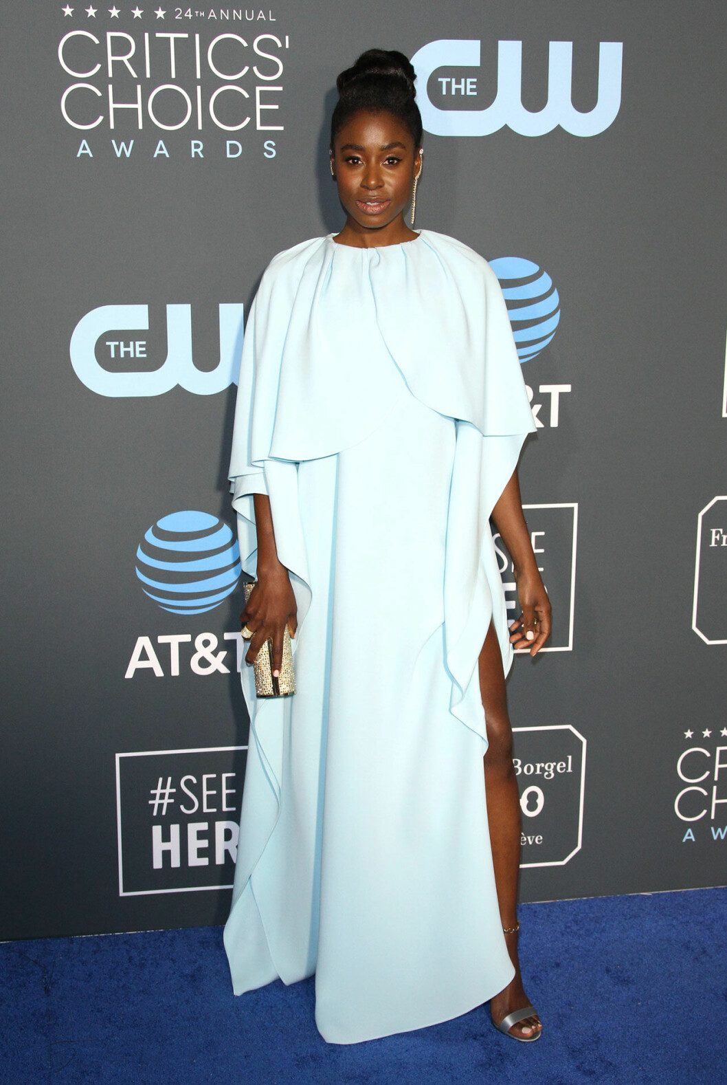 Kirby Howell Baptiste på röda mattan på Critics Choice Awards 2019