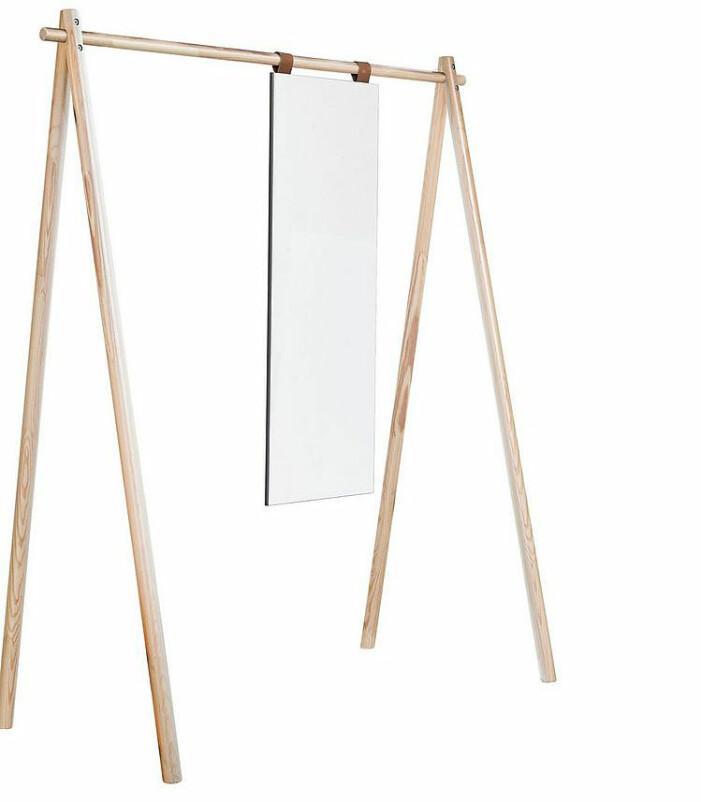 klädhängare trä med spegel