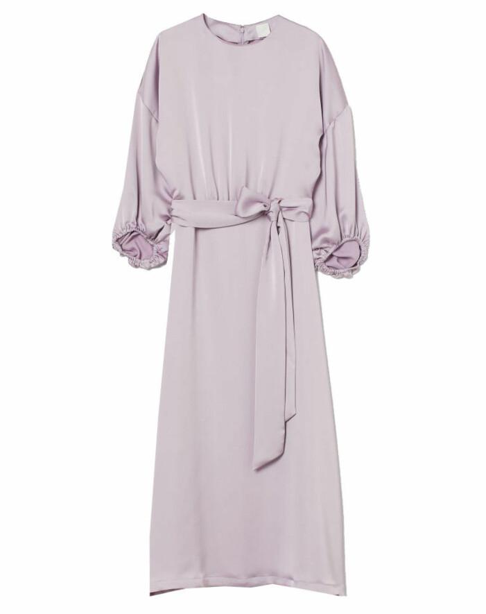 lila klänning silke
