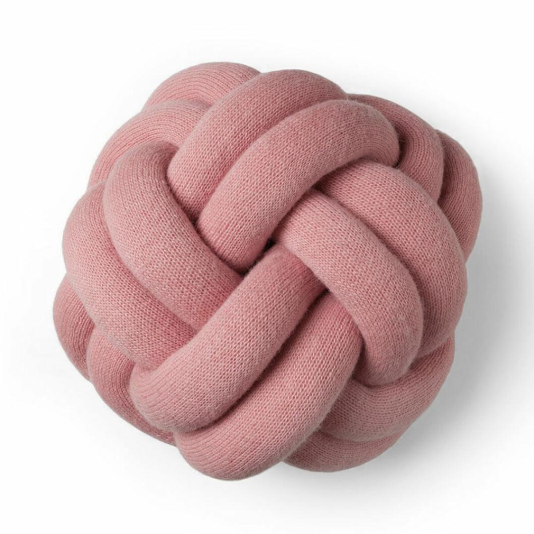 Knot kudde från Design House Stockholm