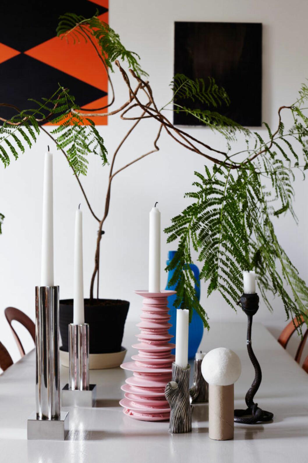 Ljusstakar, färgglada och i keramik, från Svenskt Tenn