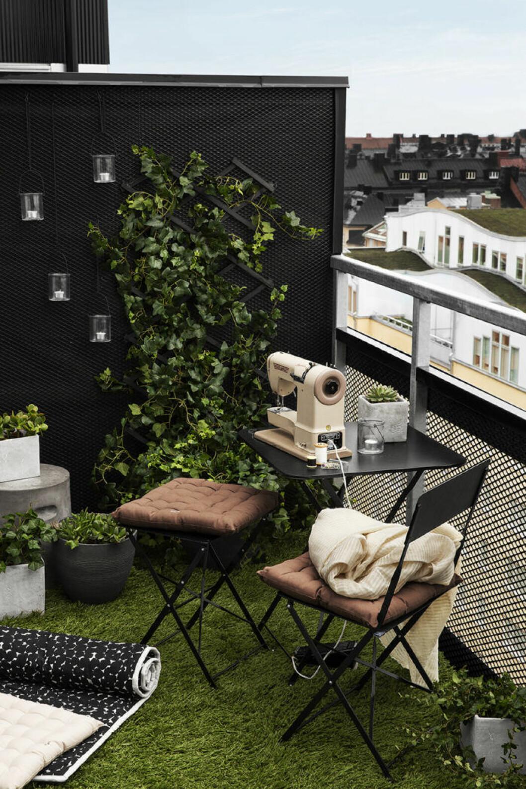 Koppla av på balkongen genom att göra den till ateljé.