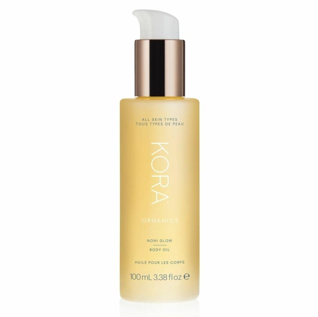 Noni glow body oil från Kora organics är kroppsoljan som enkelt och smidigt absorberas av torr hud.