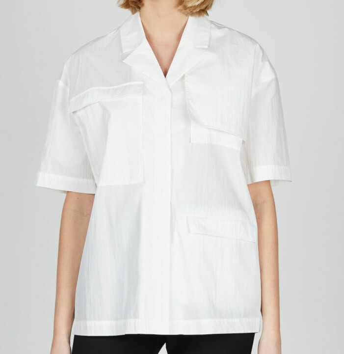 vit kortärmad skjorta dam