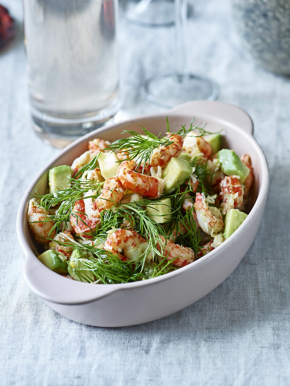 Bjud på kräft- och avokadosallad, receptet här