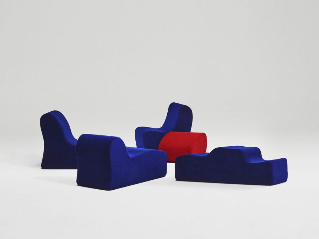 de nya textilierna från Kvadrat använts på Roberto Mottas klassiker Malitte Seating System från 1966
