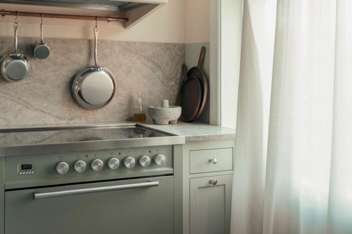 Kvänum kök i gröna färgen Mistral