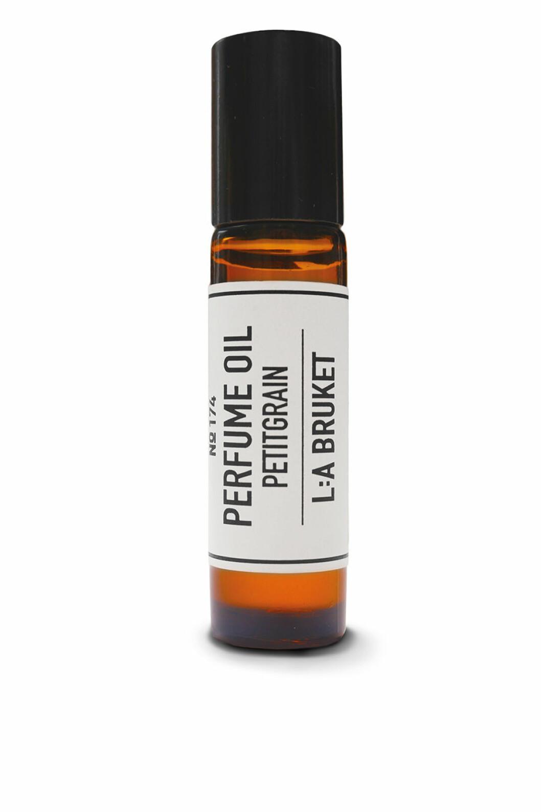 l_a-bruket_174-perfume-oil-petitgrain-10-ml_perfumes_art-no-10984_459-sek_51-eur_material-_size-10ml