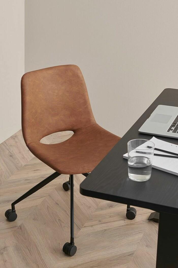 skrivbordsstol i läder