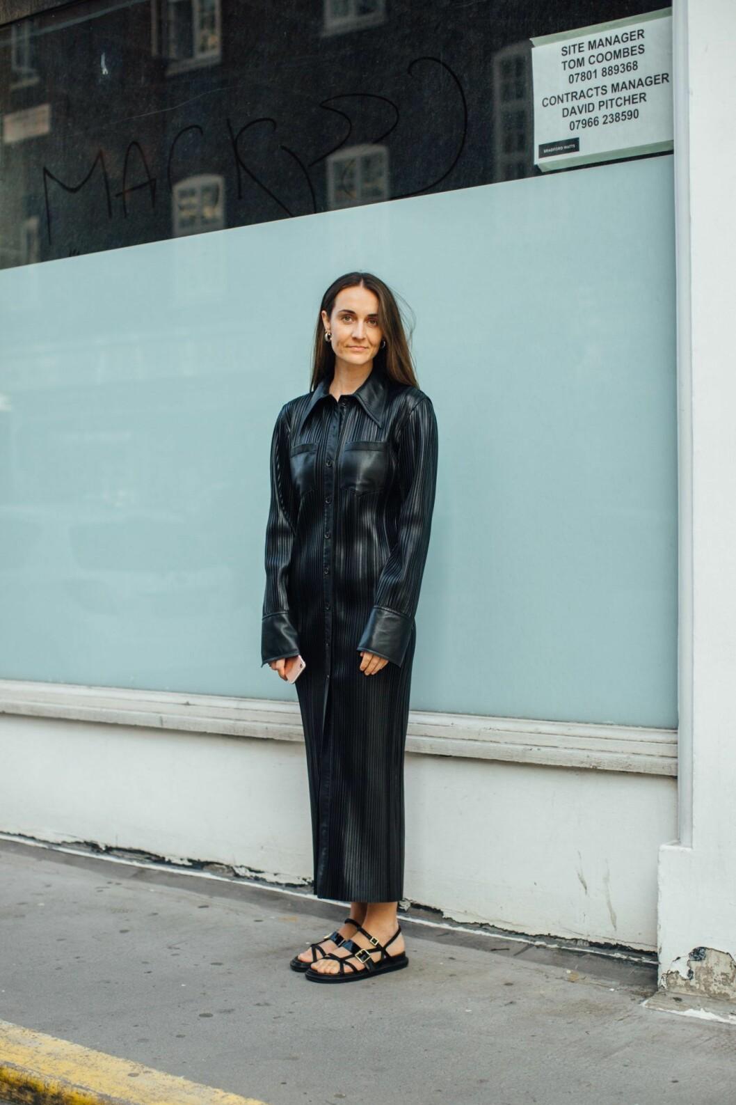 lädertrenden london fashion week.