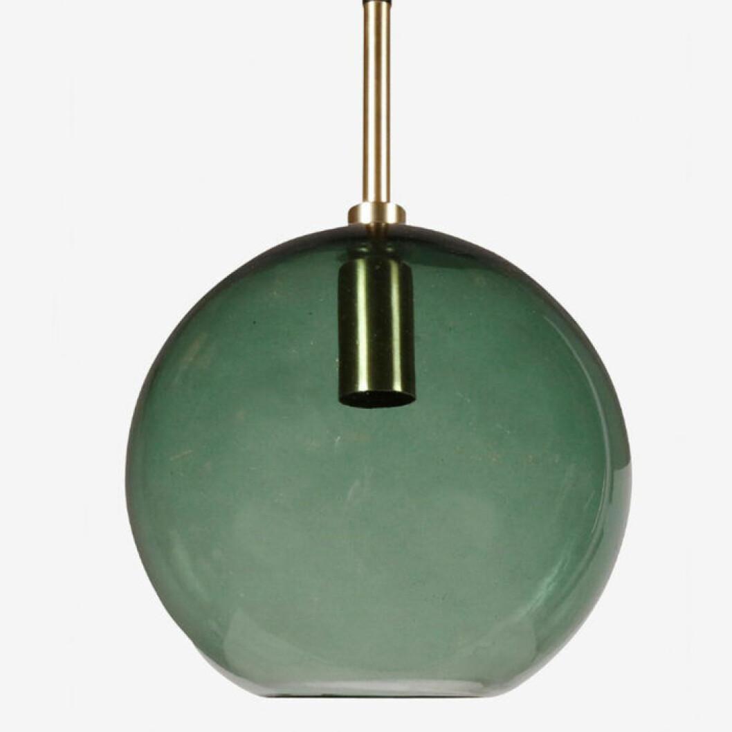 grön glaslampa till fönstret ellos