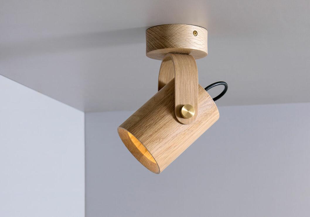Lampa i trä från Asaf Weinbroom