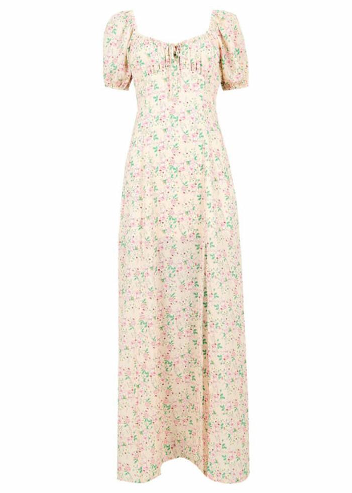 lång blommig klänning med puffärmar