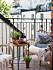 Flytta ut läshörnan på balkongen under sommarhalvåret