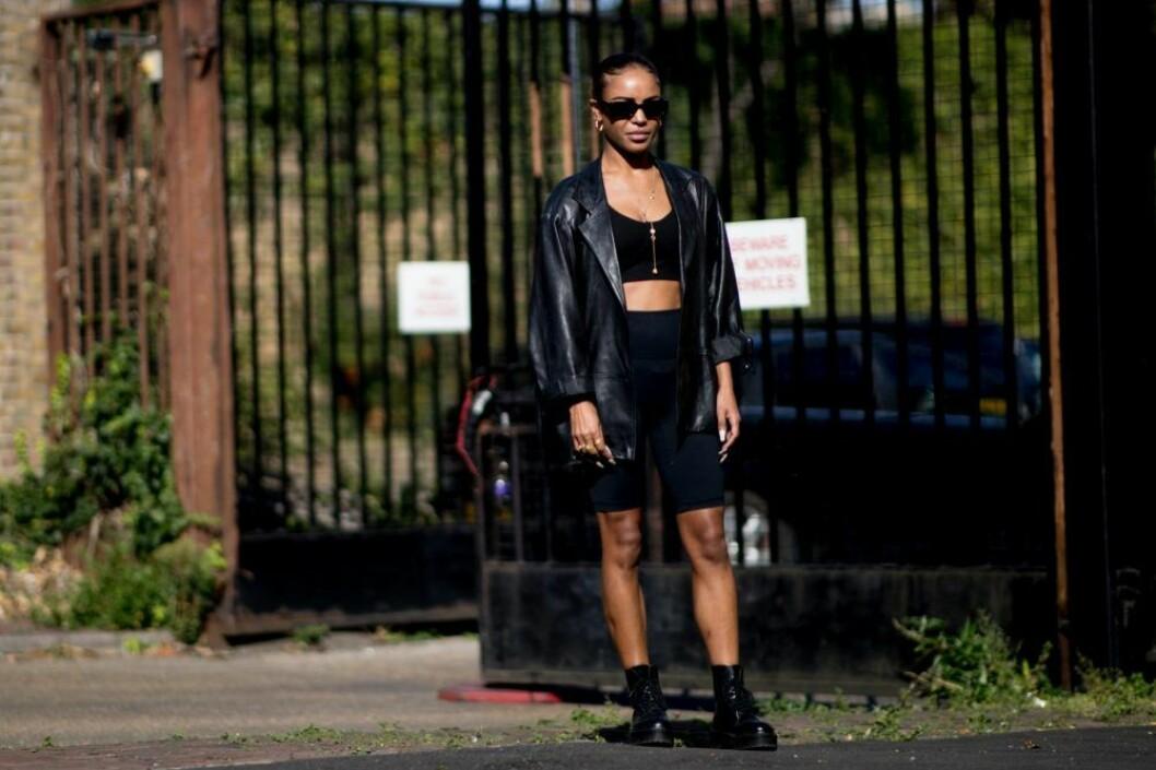 streetstyle london fashion week leggings.