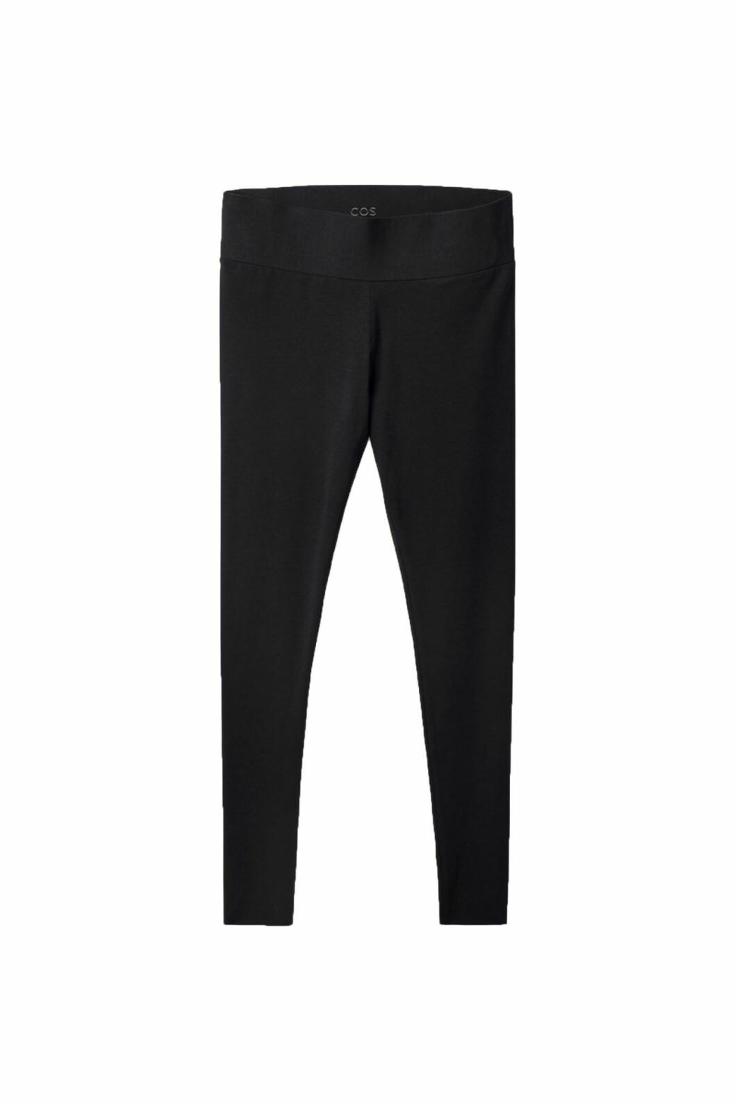 Se till att skippa jeansen och bär leggings istället. Dessa från Cos är en stor favorit bland ELLE-redaktionen.