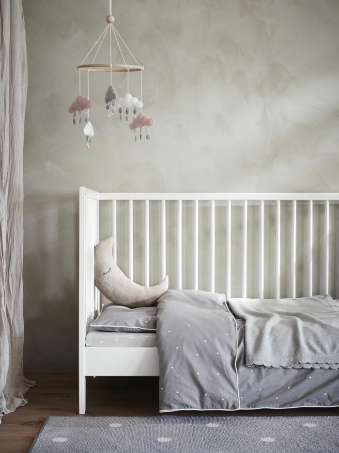 len/lenast från ikea till spjälsäng i barnrum och babyrum