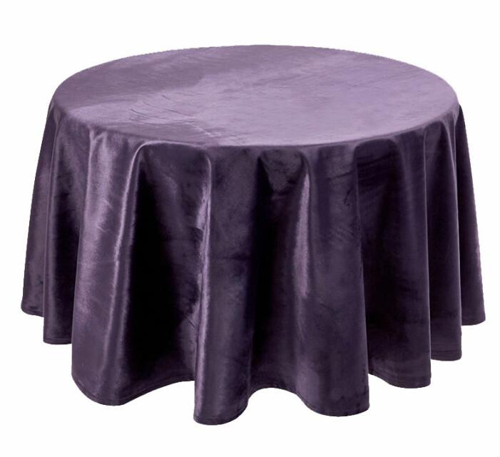 lila rund sammetsduk för runt bord