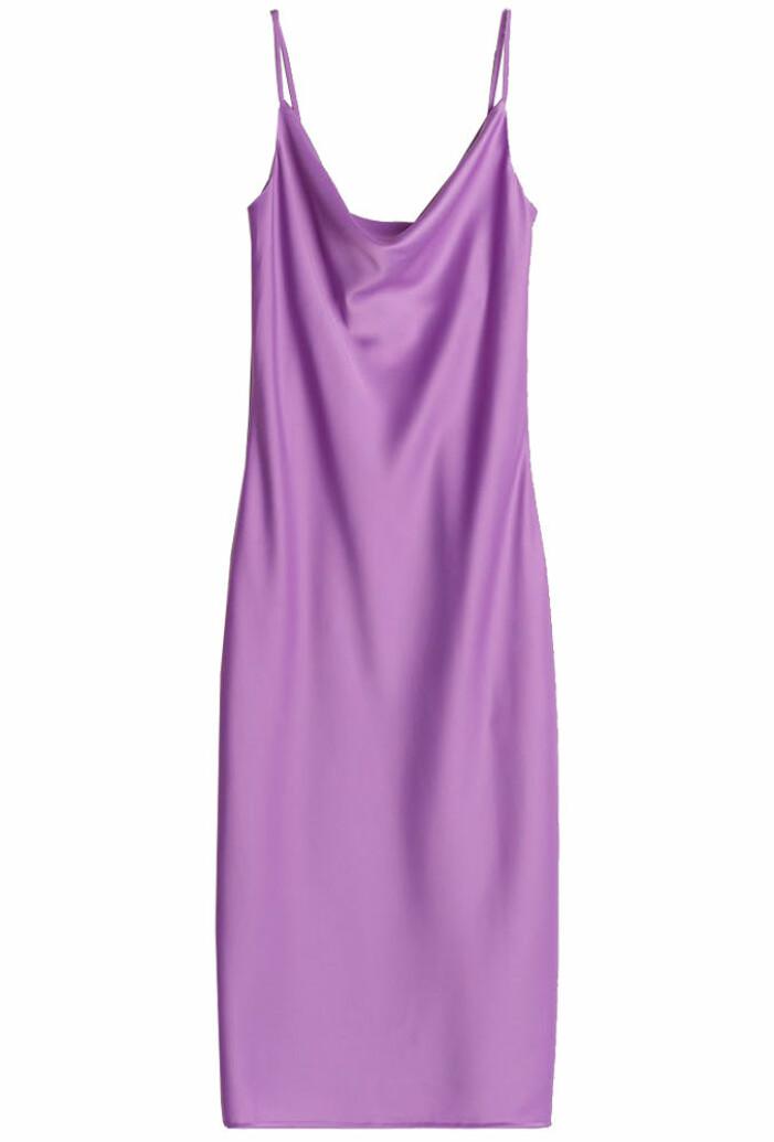 lila slipklänning med spaghettiband från gina tricot