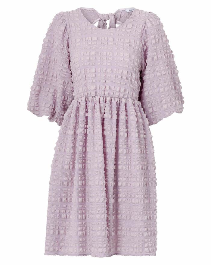 lila klänning från ellos
