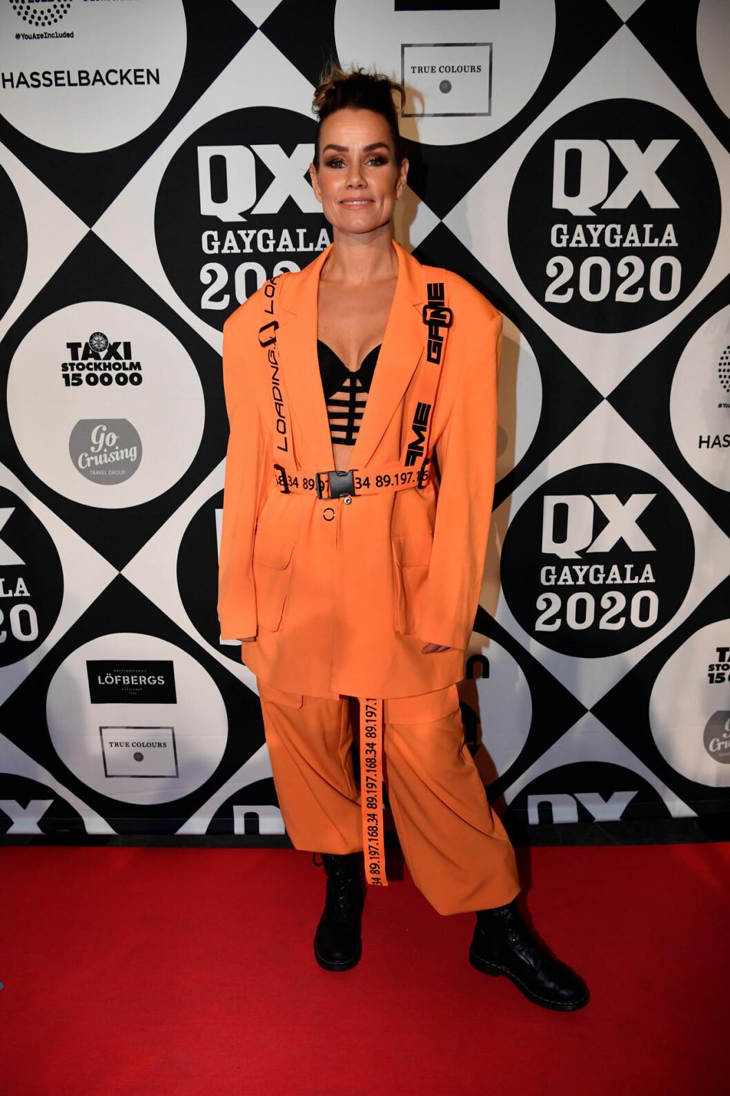 Linda Bengtzing på röda mattan på QX-galan 2020