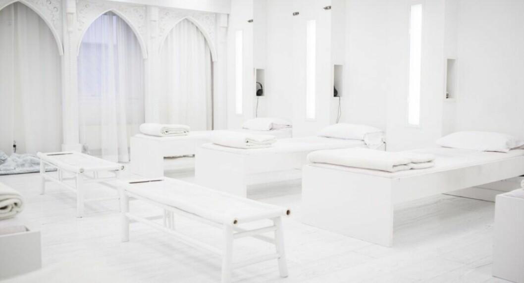 ett rum helt i vitt
