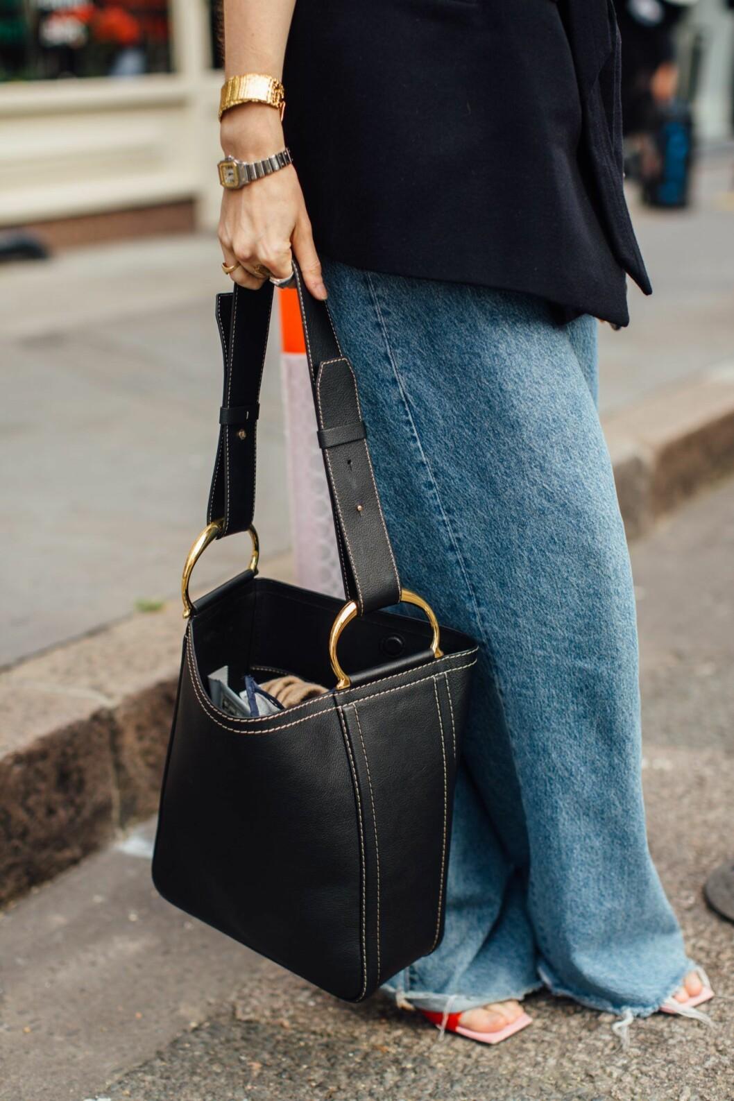 jeans streetstyle london fashion week.