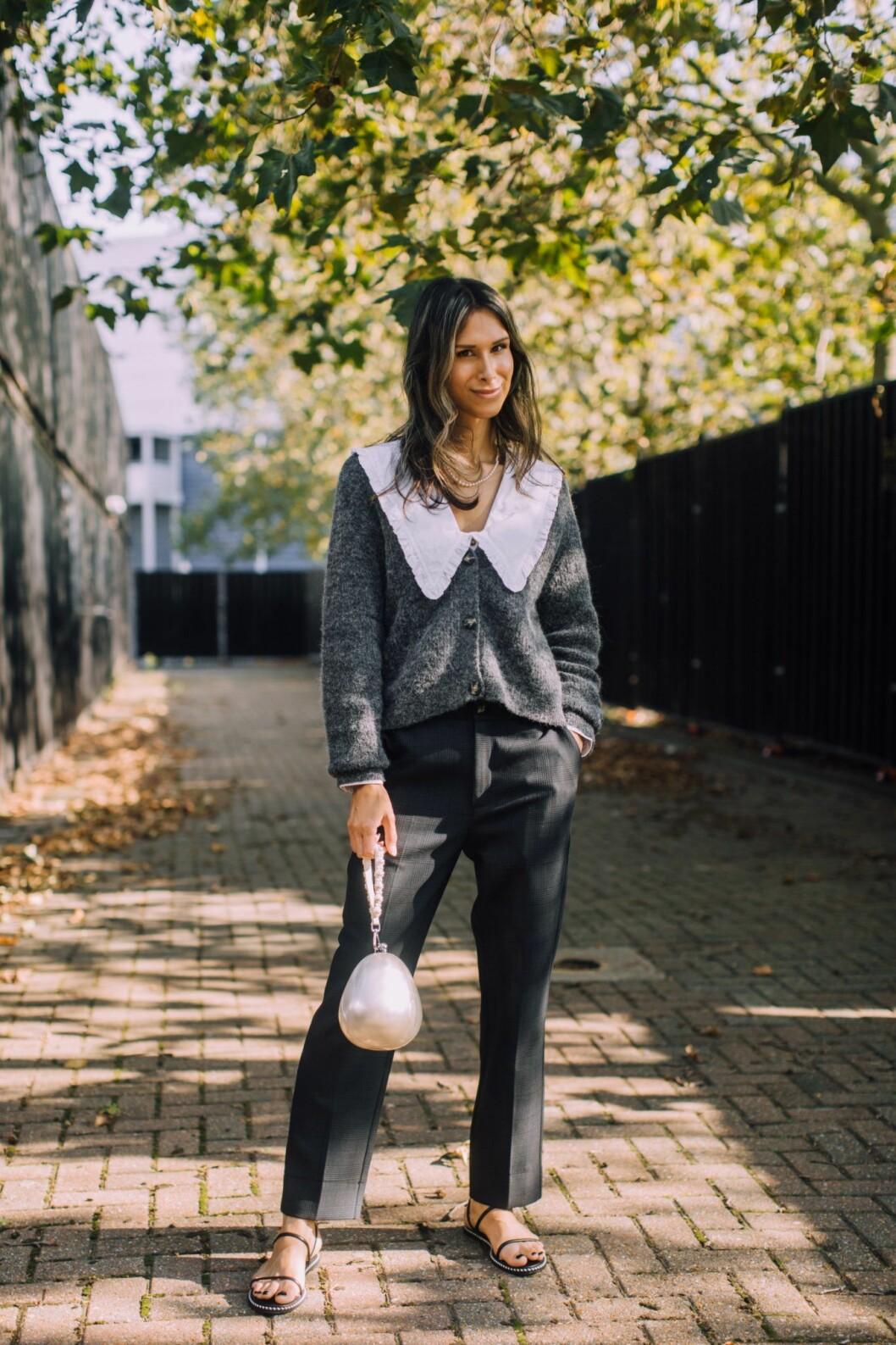 blus med krage och kofta från London fashion week